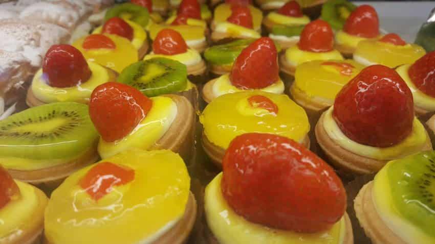Ζαχαροπλαστείο Délicieux, τούρτα, παγωτό, γλυκίσματα