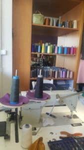 μηχανή ραψίματος ρούχων