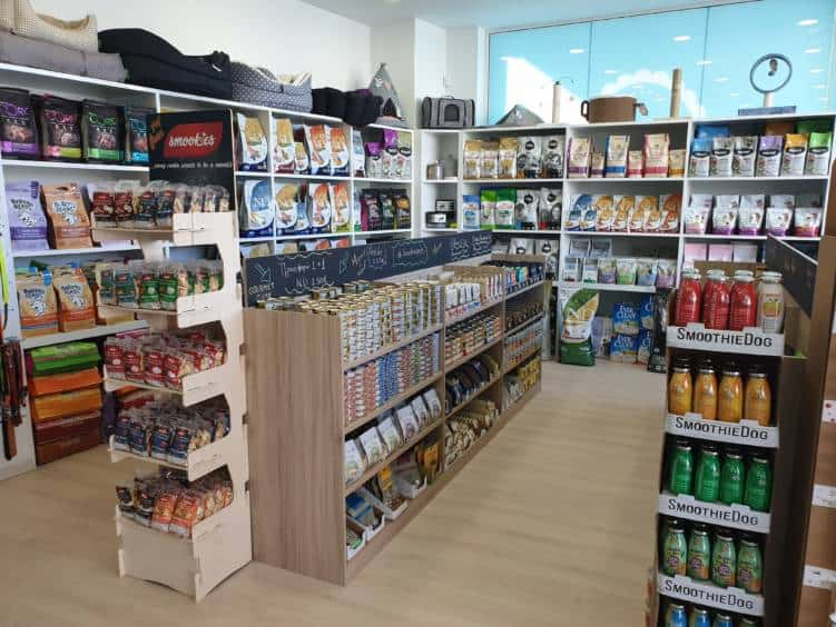 Besties pet shop, τροφές, αξεσουάρ κατοικιδίων